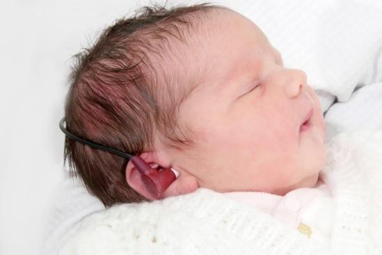 đo thính lực trẻ sơ sinh